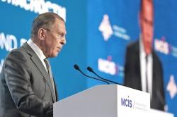 Лавров: добиваться преимуществ за счёт России больше не получится