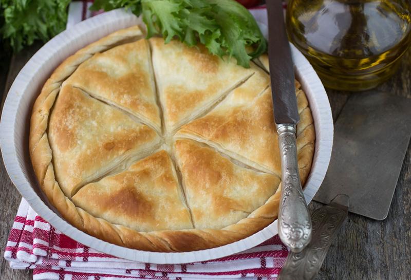 А ЧТО НА ЗАВТРАК? Сытный слоеный пирог с сыром в духовке