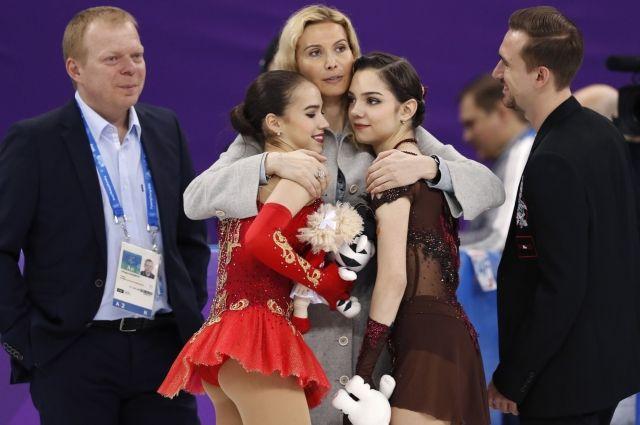 Медведев поздравил российских фигуристок с победой на Олимпиаде