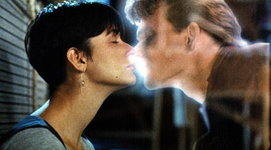 Десятка лучших кинопоцелуев
