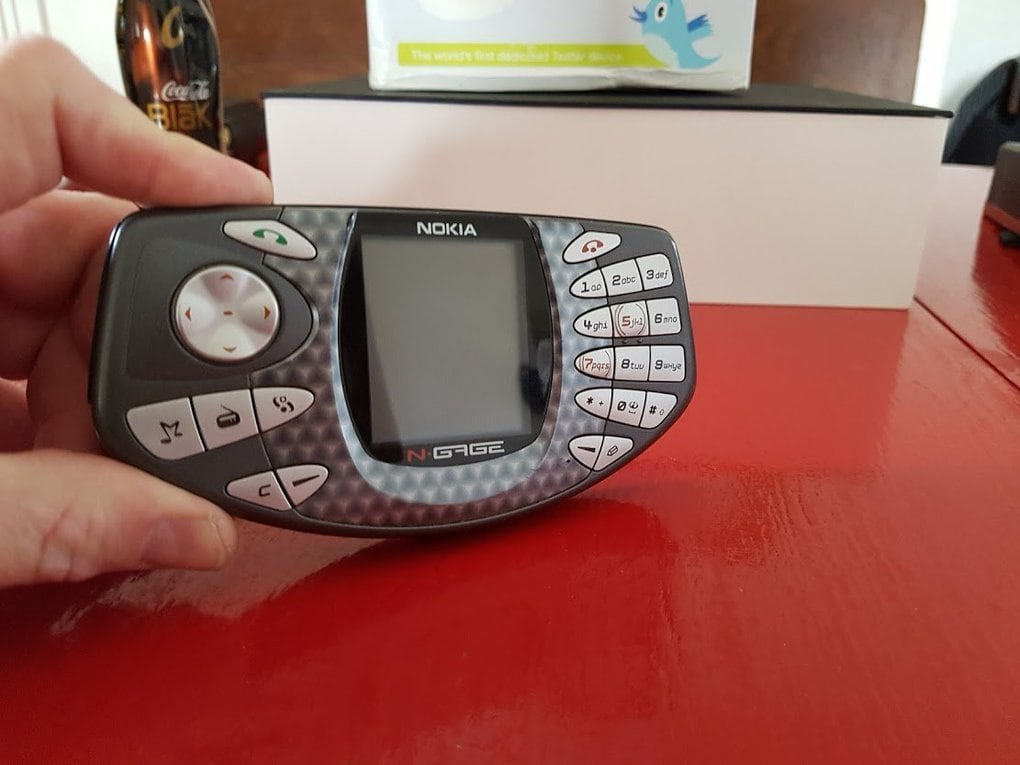 Many of the products lasted only a few years. The smartphone and gaming device Nokia N-Gage, for instance, was on sale from 2003 to 2005.