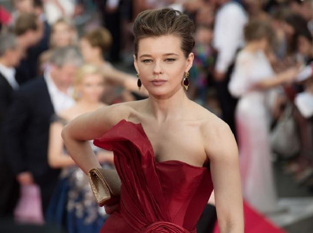 Лучшие платья церемонии открытия «Кинотавра 2017»