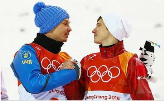 На Украине раскритиковали своего олимпийского чемпиона за объятия с россиянином