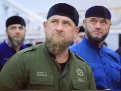 К главе Чечни обратилась мать пропавшего певца Зелимхана Бакаева
