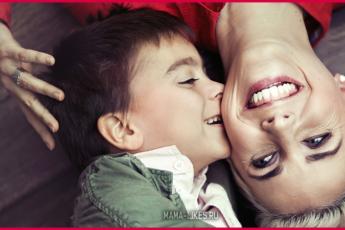 Мамы мальчиков самые счастливые — вот 10 причин почему