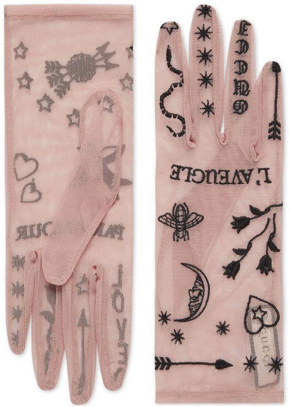 """""""Нетатуированные"""" перчатки"""