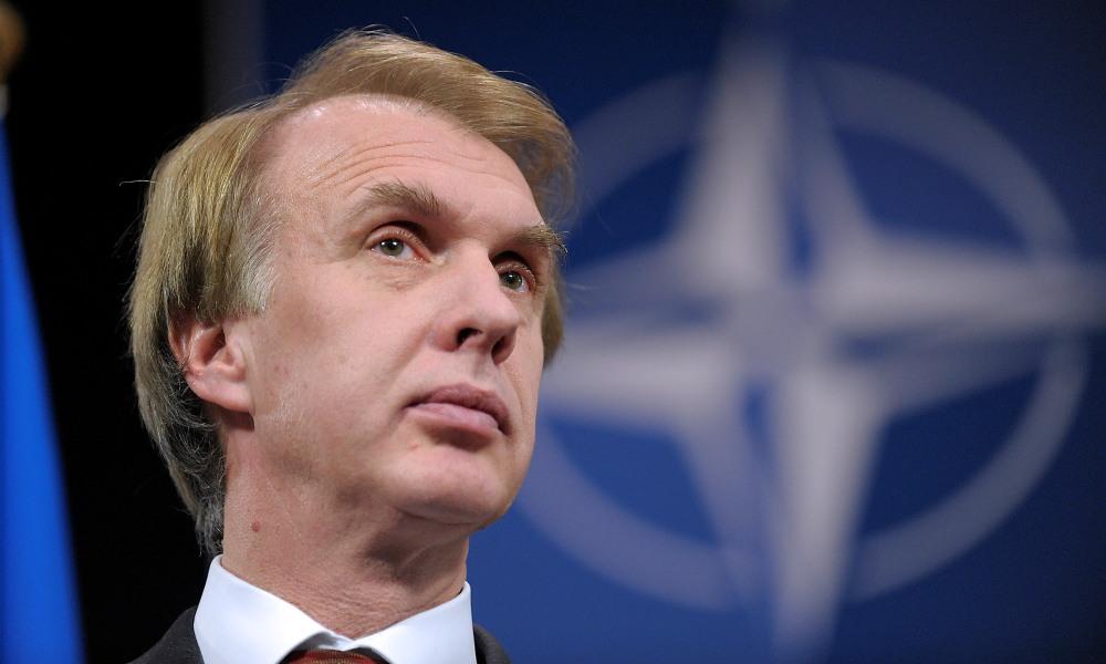 Маразм крепчал: Огрызко намерен сбросить на Россию ядерные ракеты