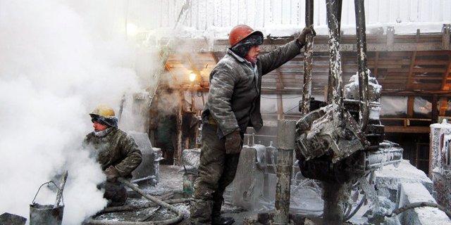 Получена легкая нефть из глубоких пластов ЯНАО.