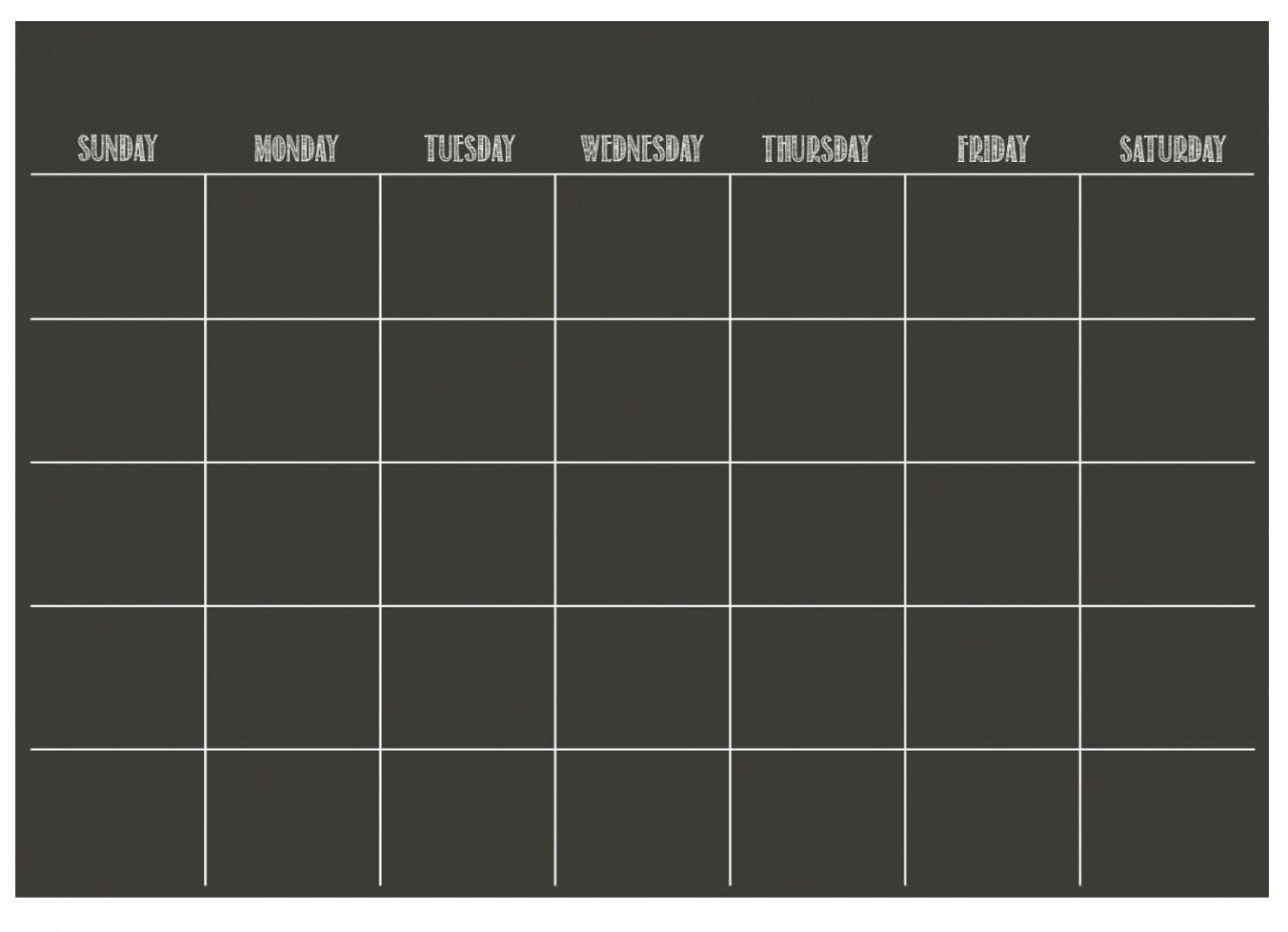 Необходимые предметы интерьера: календарь