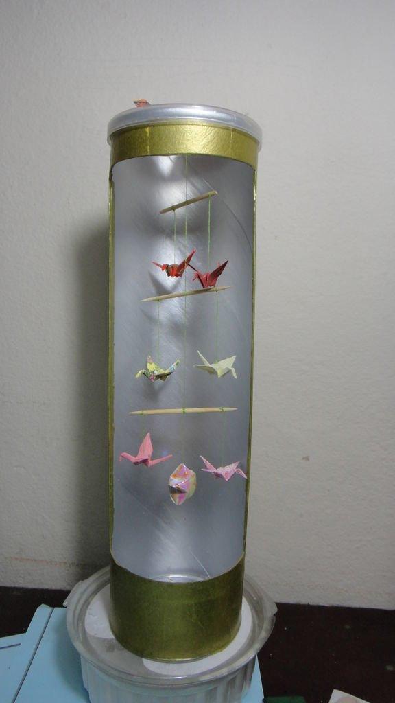 5. Из упаковки получаются арт-объекты, тут уж все зависит от фантазии рукодела идеи, картонная банка, рукоделие, своими руками, сделай сам, упаковка от чипсов