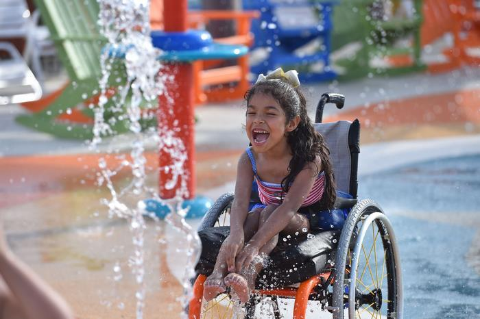 Morgan's Inspiration Island: аквапарк для людей с ограниченными возможностями