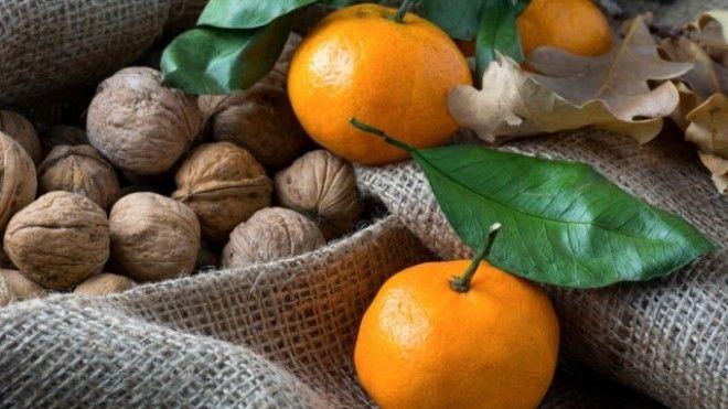 Картинки по запросу Очищение сосудов головного мозга с помощью грецких орехов мандарина и изюма
