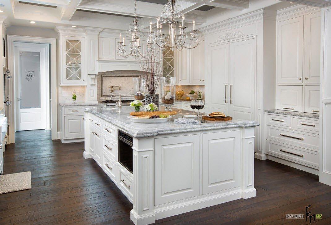 Традиционная белая кухня