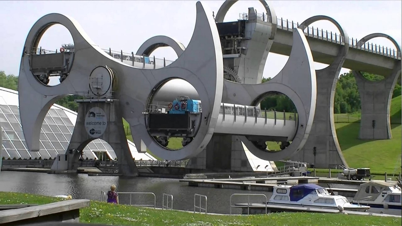 Одно из самых необычных сооружений мира - колесо Фалкирк