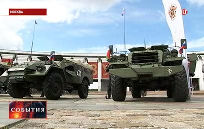 """В Москве начался первый бронепробег """"Дорога Мужества"""""""