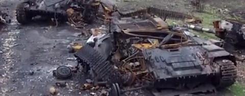 Парубий рассказал, что ВСУ могли уничтожить сотни российских танков в Дебальцево