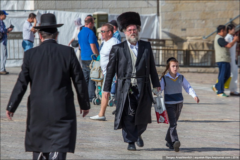 Люди в черном: почему у евреев такая одежда