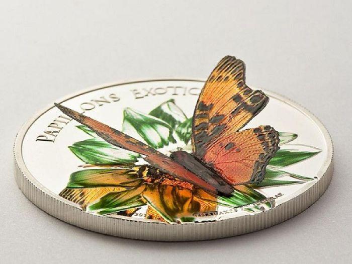 Монета с объемной бабочкой./Фото: bessarabiainform.com