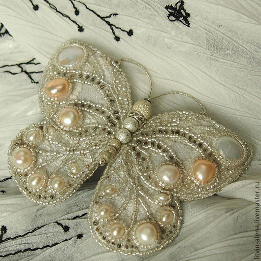 Brooches handmade. Brooch 'Wet snow'. Brooch of pearls and beads. Brooch butterfly. master Alena Litvin. Online shopping on My Livemaster.