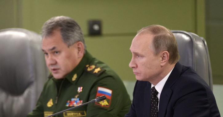 """В США застыли в ужасе: в Москву доставили """"ключ"""" - это конец"""