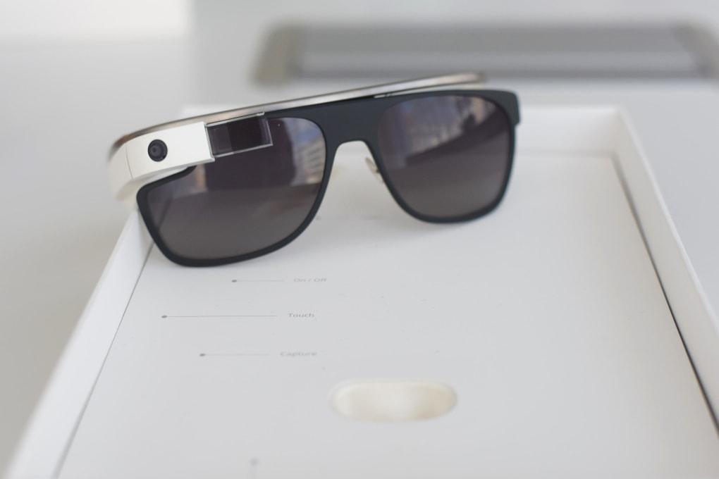 Google Glasses-Museum of Failure