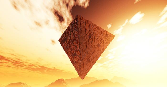 Наблюдения необычных НЛО: треугольники и парящие шары