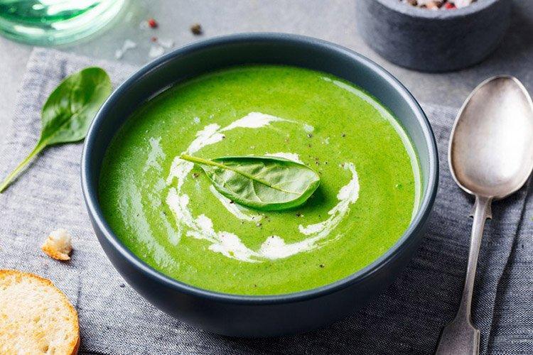 Зеленый крем-борщ