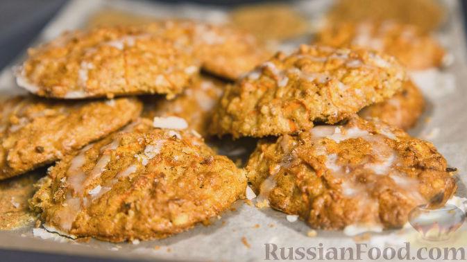 Морковный кекс в овсяном печенье