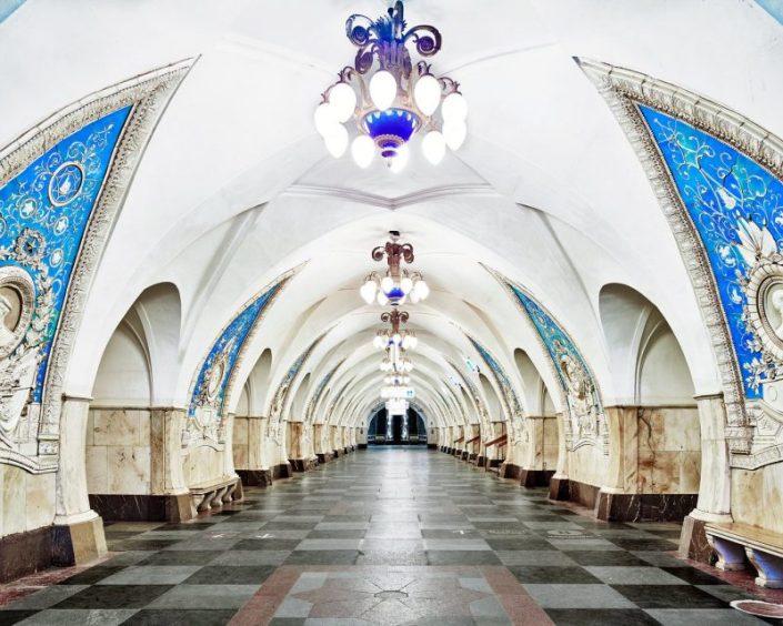 Потрясающие снимки российского метро от канадского фотографа