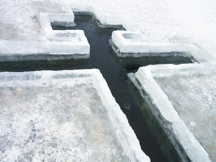 Стали известны адреса купелей, подготовленных для купания в Крещение в Санкт-Петербурге