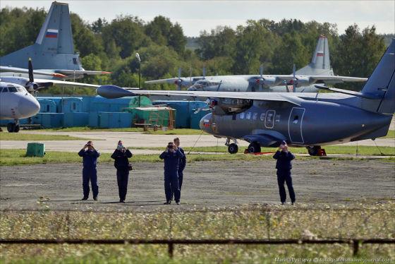 Чешский самолет L-410 получи…