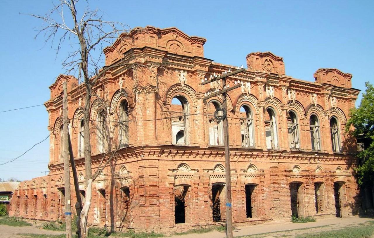 Объекты культурного наследия передадут солидным и состоятельным господам
