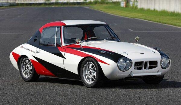 Toyota восстановила маленький спортивный автомобиль 60-х годов Sport 800