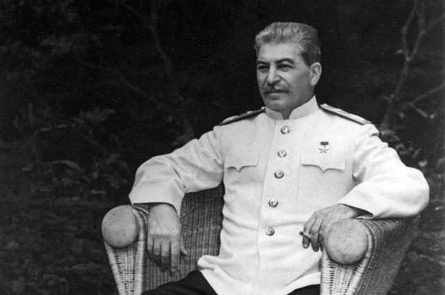 """Поразительная """"поворотная"""" статья «Головокружение от успехов». Зачем Сталин признал ошибки коллективизации?"""