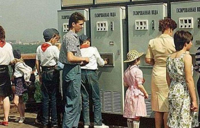 Цены в СССР и на что хватало средней зарплаты