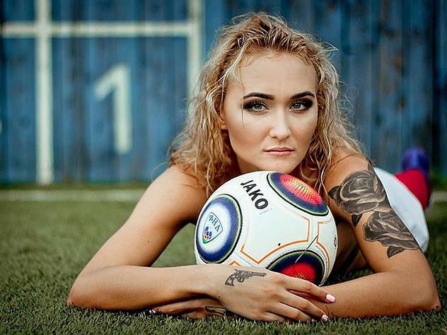 Футболистки «Енисея» пообещали устроить «горячую» фотосессию, если возьмут золото