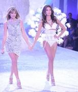 Тейлор Свифт стала звездой шоу Victoria's Secret