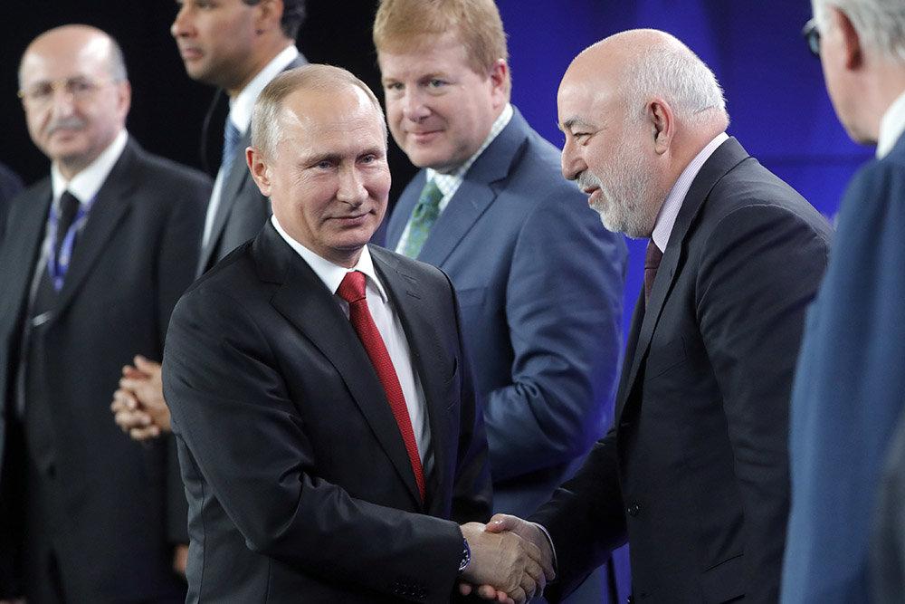 Санкции против самого ненавистного олигарха России