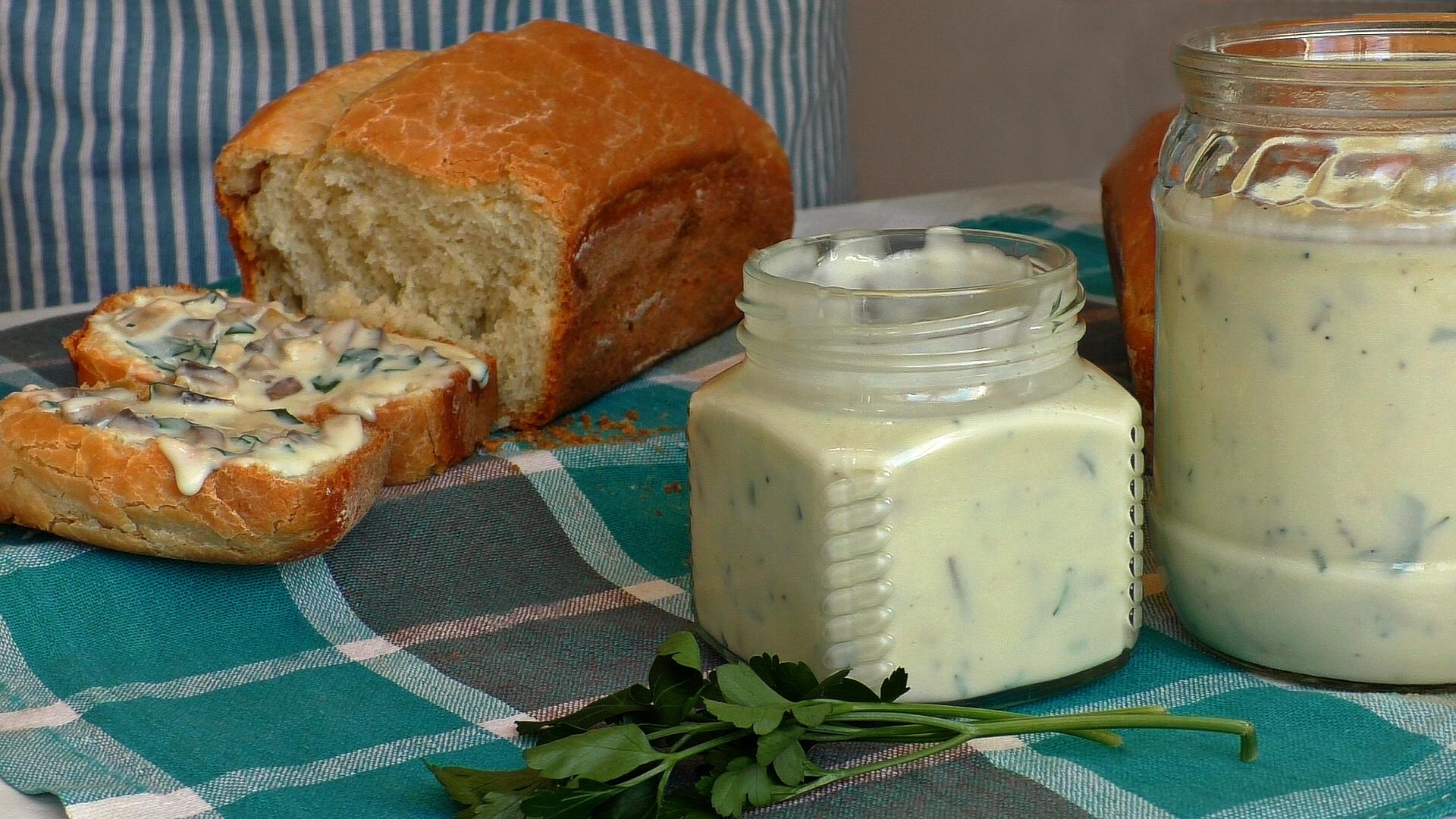Хватит покупать в магазине! Сделайте сами плавленый сыр — всего 10 минут вашего времени!