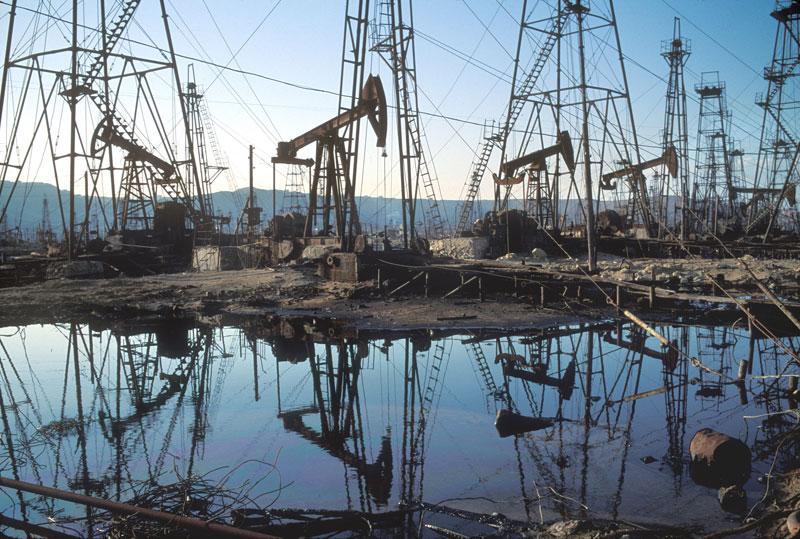 Разработки сланцевой нефти по-прежнему на задворках мировых экономических форумов