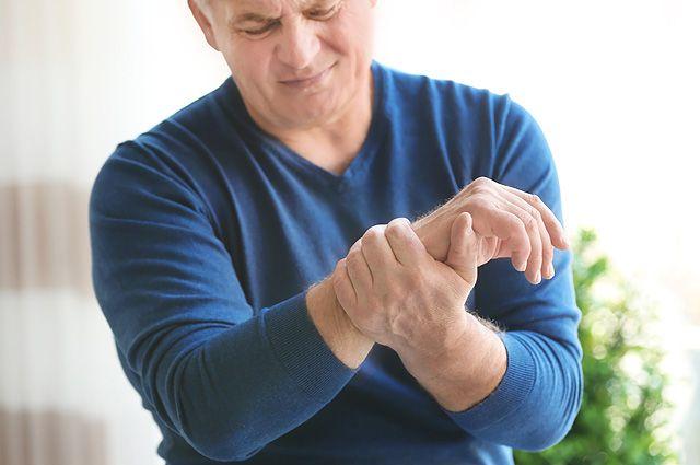 Болит и хрустит. Что поможет при артрозе