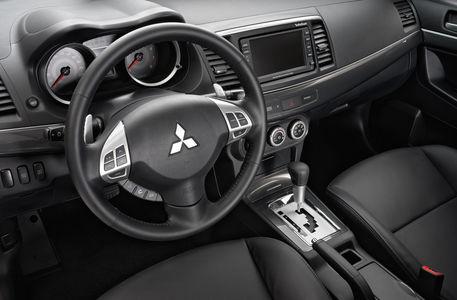 Mitsubishi опять отзывает в России небезопасные Лансеры