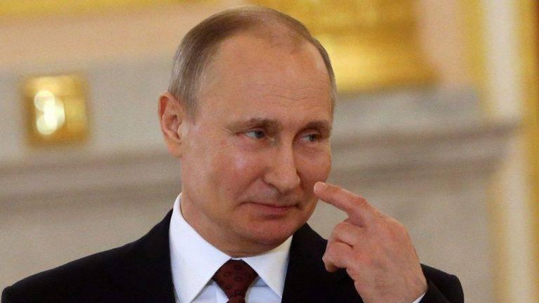 Варшавской русофобской вечеринке ничего не угрожает.Только благодаря нам
