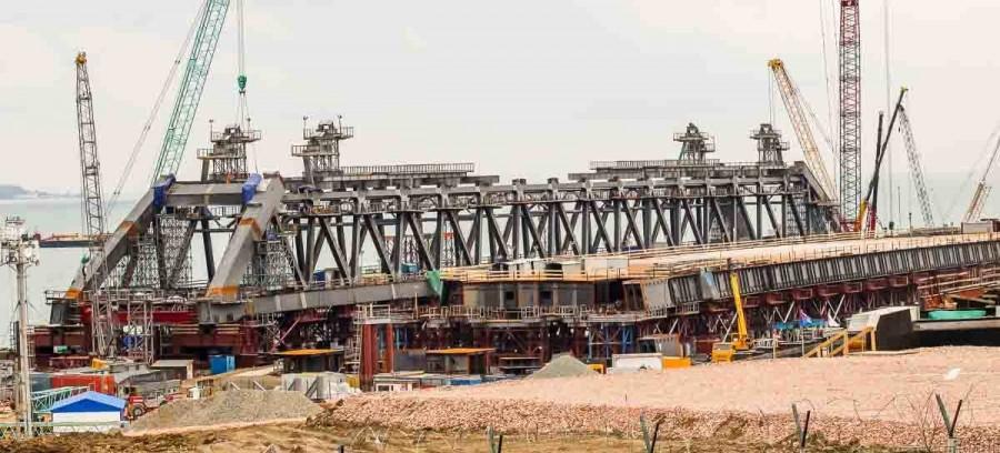 Что случилось с Керченским мостом?