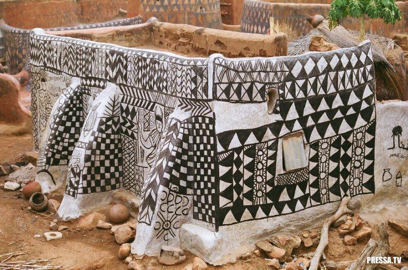 Туда не пускают туристов: Африканская деревня Тибеле в Буркина-Фасо