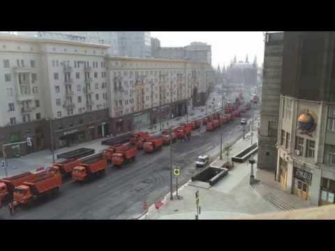 Скоро и на вашей улице: Как на Тверской асфальт клали