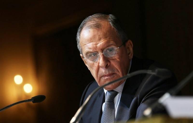 Лавров: Киев втягивает НАТО в очередную провокацию в Керченском проливе