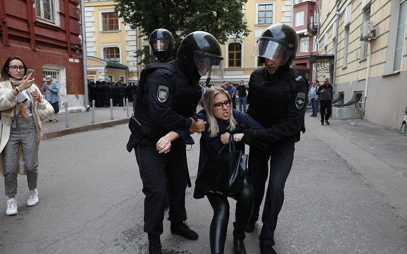 Я – жертва путинского режима, или Немного о Госдепе, Навальном, Соболь и BBC