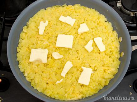 Картофель «Решти» с селедочным соусом — 5 шаг