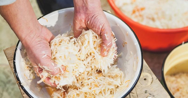Как приготовить хрустящую капусту в рассоле